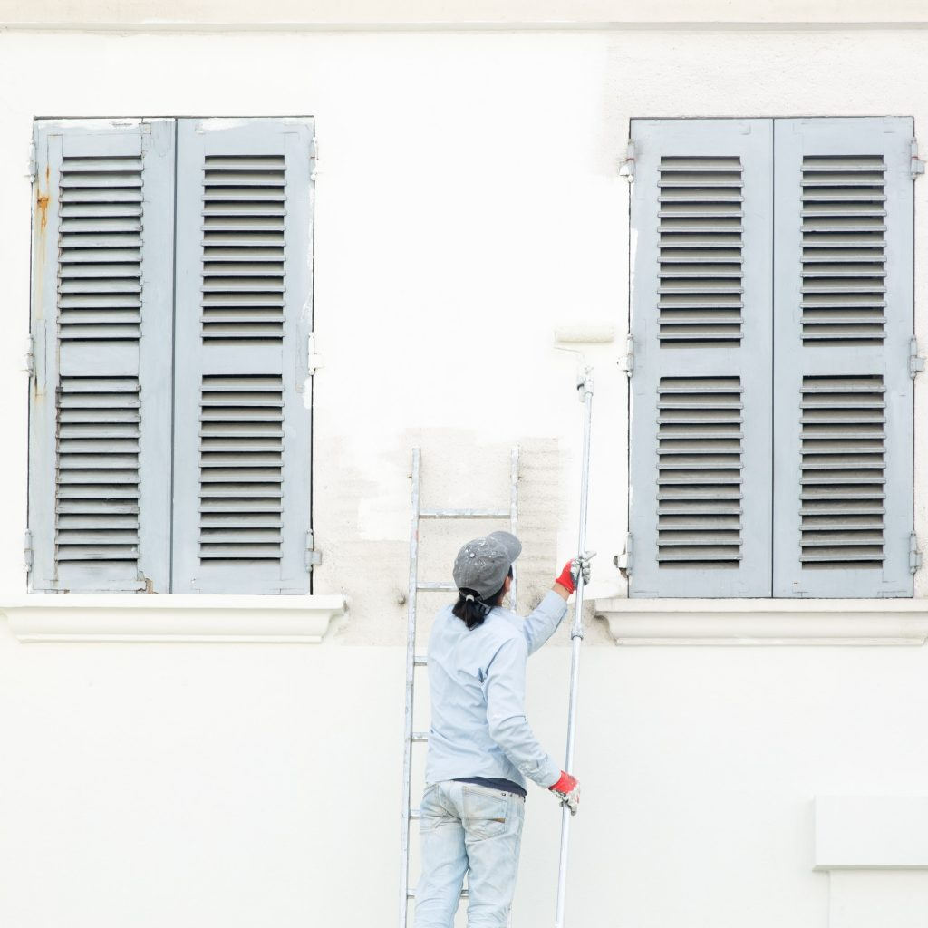 A house painter at work in Paris